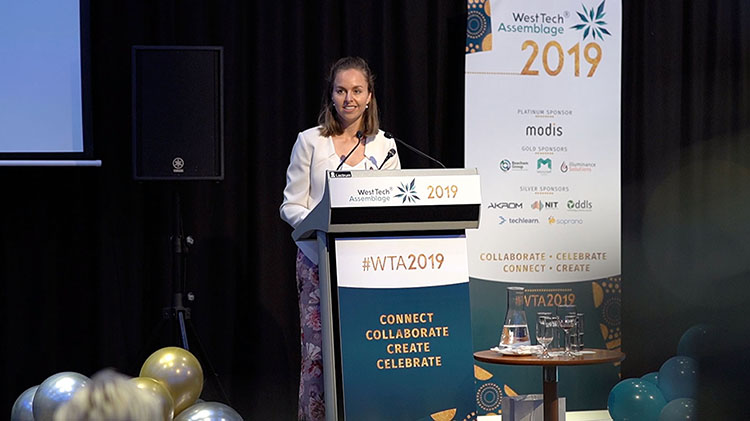 Shelley Cable on stage WTA 2019